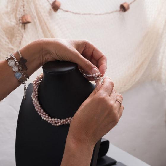 gioielli artigianali con perle