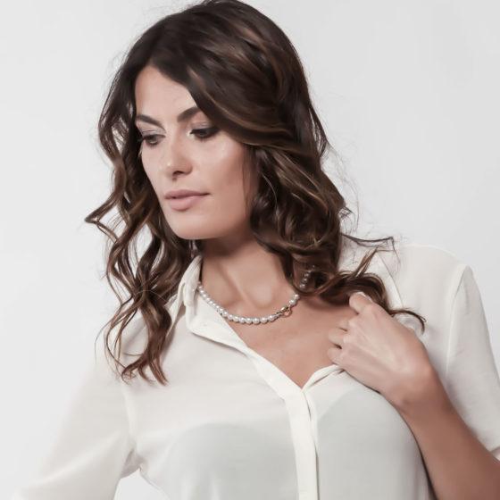 Collana di perle Akoya grigie in oro: Artemide - Luxury ~ Collane perle Eliotis