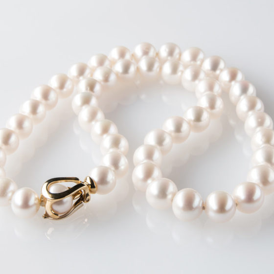 Collier oro bianco e giallo con perle