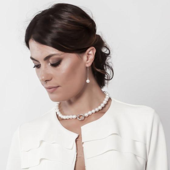 Orecchini con perle bianche: Snow ballet